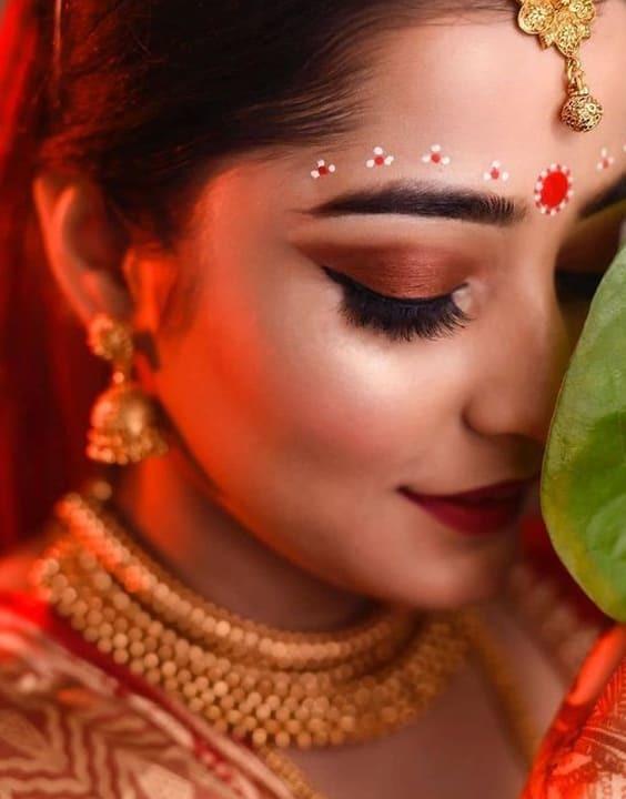 The dotted line - Bengali Bride look - Bewakoof Blog