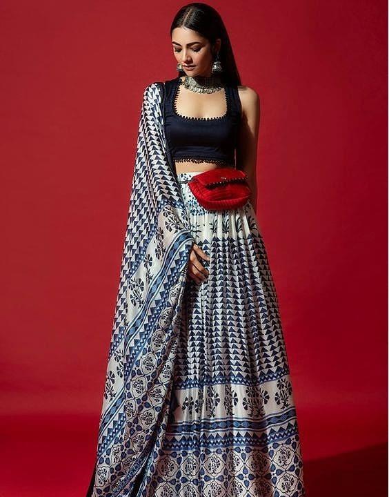 The Bum-Bag Skirtspiracy - Dress for Haldi Function - Bewakoof Blog