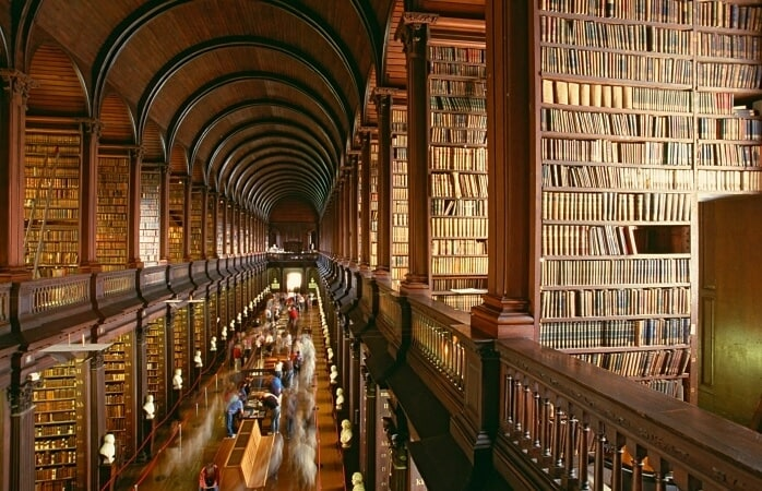 Lock me upin any of these 9 beautiful libraries